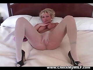 blonde mother i in pantyhose rubbing pussy