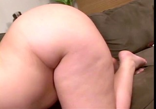 plump latin babe shoves fake penis in her muff