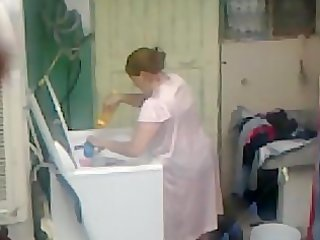 Spying Aunty Ass Washing ... Big Butt Chubby