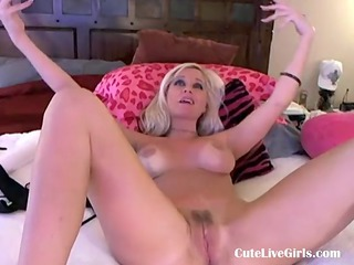 Gorgeous american blonde fucking herself when mom