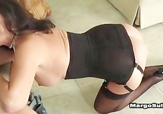 sexy cougar fucking in heels, nylons and underware