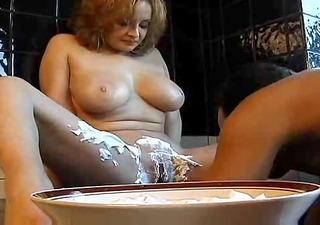 mamma with flawless tits desires shaving