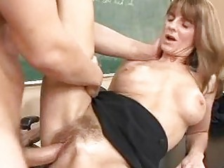 Pale mature brunette gets her hairy twat rammed