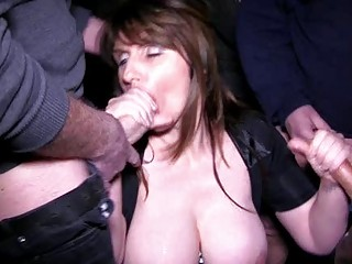 breasty brunette hair d like to fuck acquires