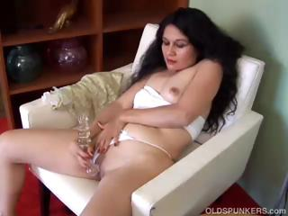 spicy mature lalin girl non-professional