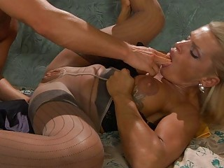 tanned blond mother i in pantyhose takes on hard